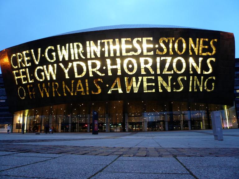 canolfan-mileniwm-cymru-wales-millennium-centre-768
